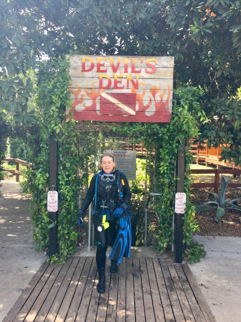 , 4 Places to Dive When You Can't Get to the Ocean // Keeping Scuba Skills Fresh