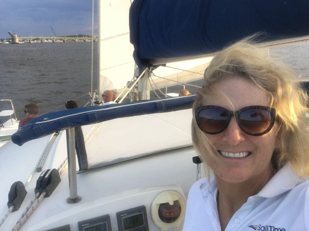 Captain's License, Six-Pack OUPV Captain's License Versus Tonnage Tickets // Boat Passenger Laws // Do You Need A Captain?