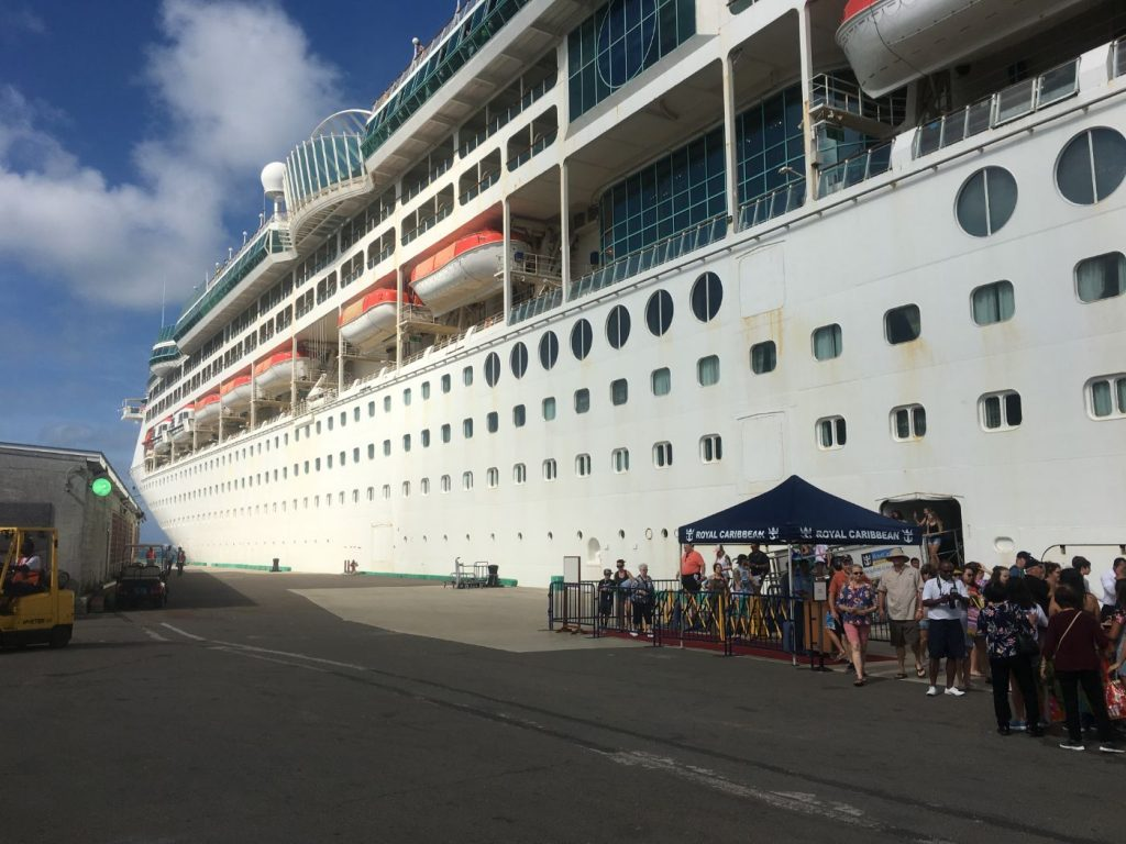 cruise ship dive trip, Planning a Budget Three Night Cruise Ship Dive Trip // Budget Dive Trips and Tips