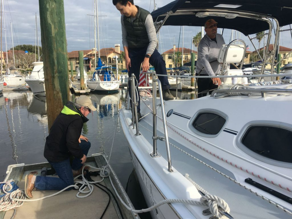, 5 Things to Check Before Backing Your Boat Out of a Slip