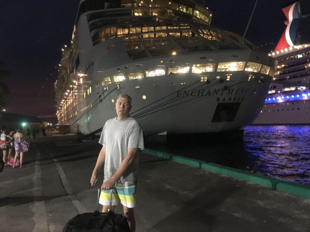 ", 21 Items That Landed on My Cruise Ship Dive Trip ""To Do Next Time"" List"