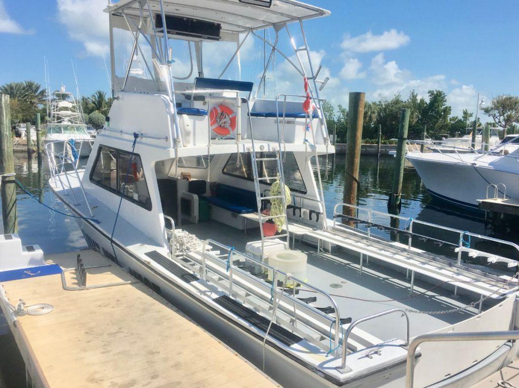 , Captain Hook's Dive Key West // Scuba Diving Charters in the Florida Keys