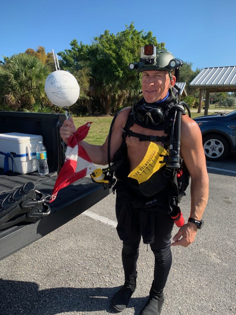 , Shore Diving for Shark Teeth in Venice Florida