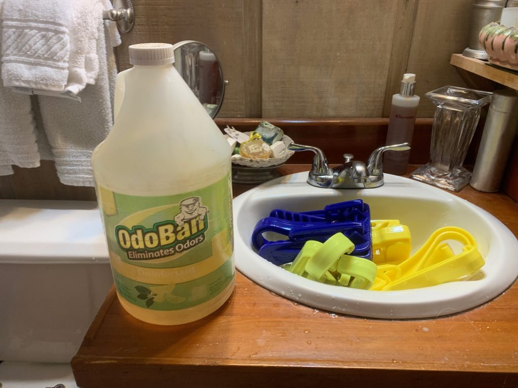 cleaning dive gear, Cleaning Your Dive Gear When You Have A Tiny Bathroom