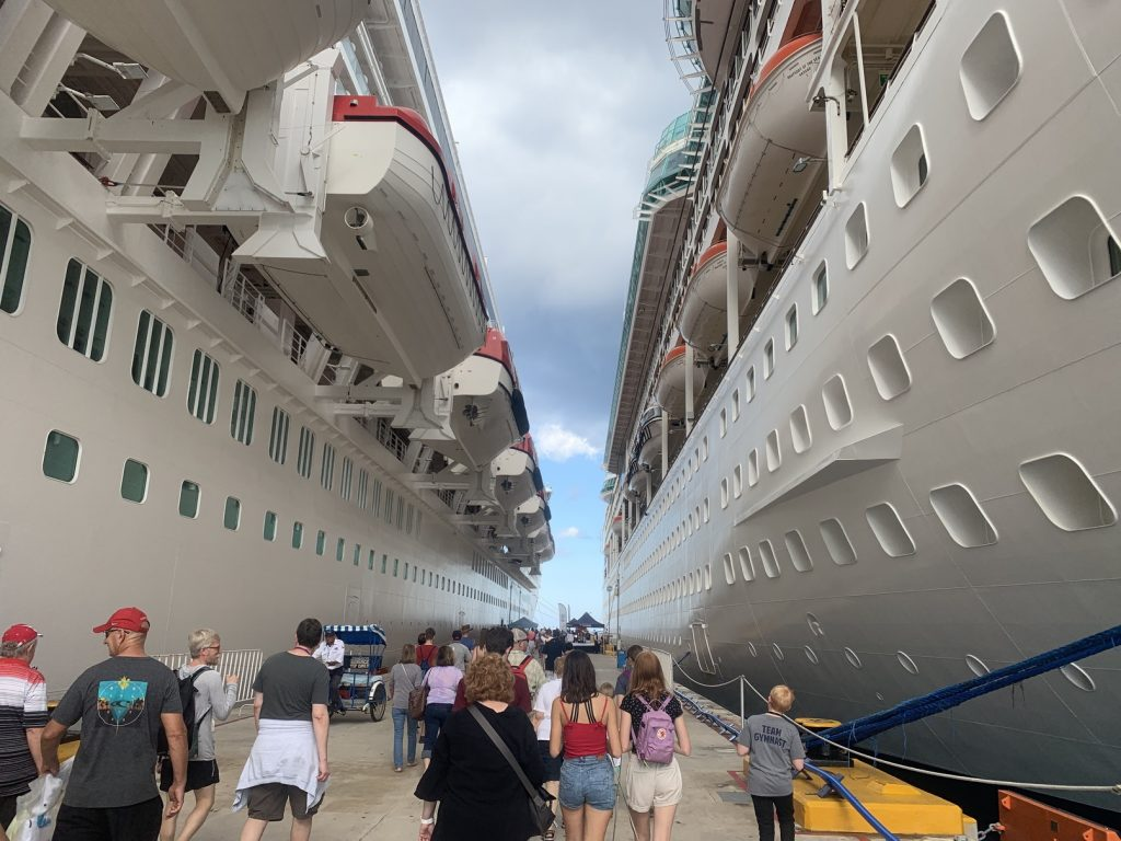 cruise ship dive trip, 8 Reasons You Just Might Love a Cruise Ship Dive Trip