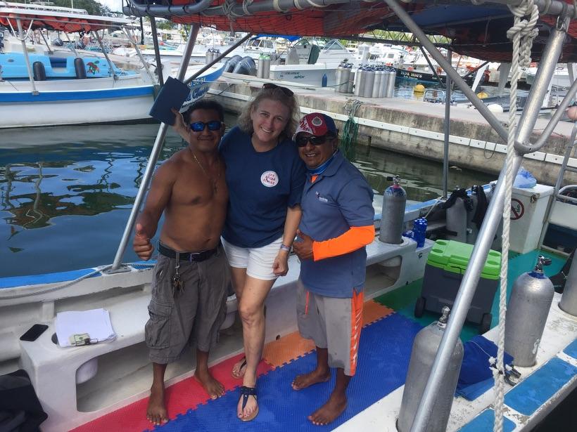 , Diving Bonaire versus Roatan // Comparing Expenses for a Week in December 2020