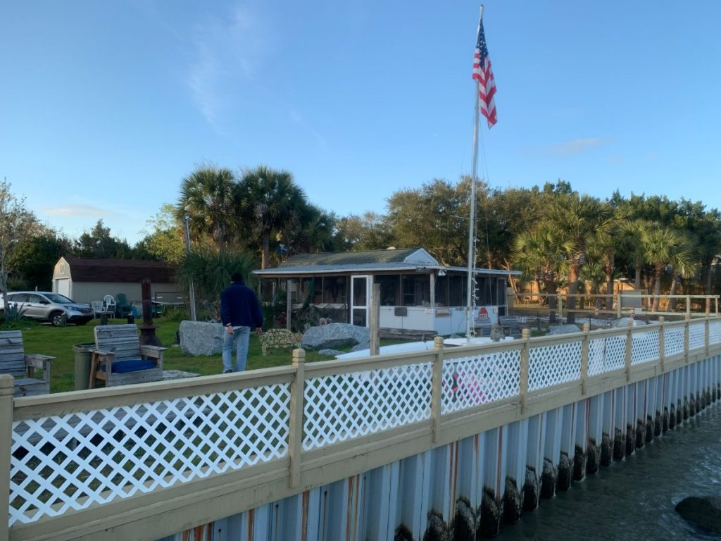 , Unusual Jacksonville Waterfront Airbnb // St. Johns River Florida // Review
