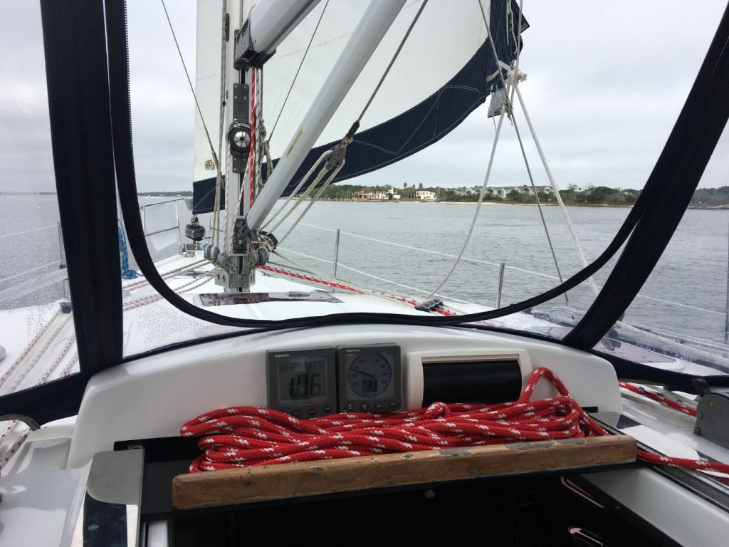 , 3 Items to Keep In Your Sailing Bag